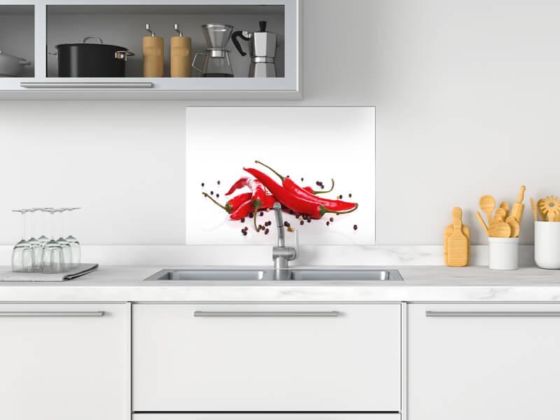 fertige spritzschutz in verschiedene materialien und grossen mit chili paprika motiv palboard 600x500
